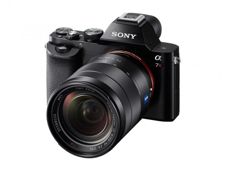 Visão lateral da Sony A7R.