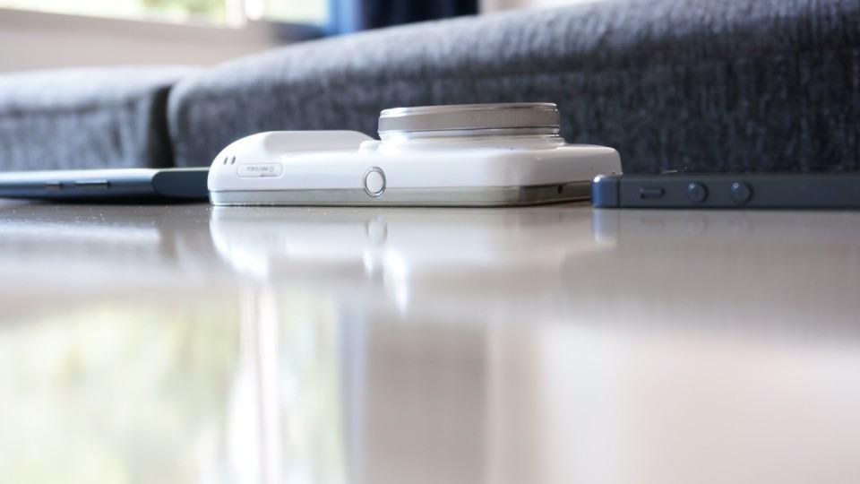 Comparando a espessura dos smartphones.