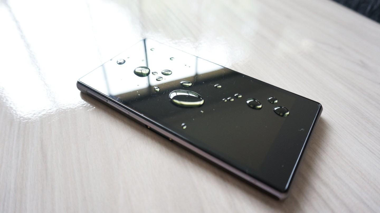 [Review] Xperia Z1, o smartphone à prova d'água e com algumas peculiaridades