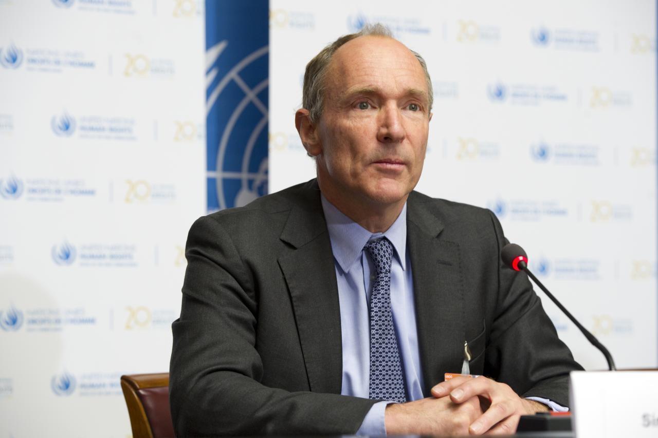 No aniversário de 25 anos da web, Tim Berners-Lee luta pela liberdade da Internet