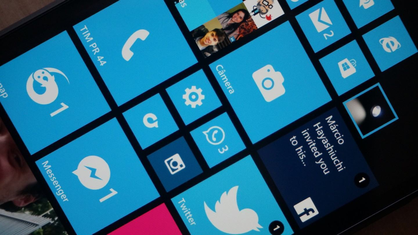 [Review] Lumia 1320, um Windows Phone enorme com crise de identidade