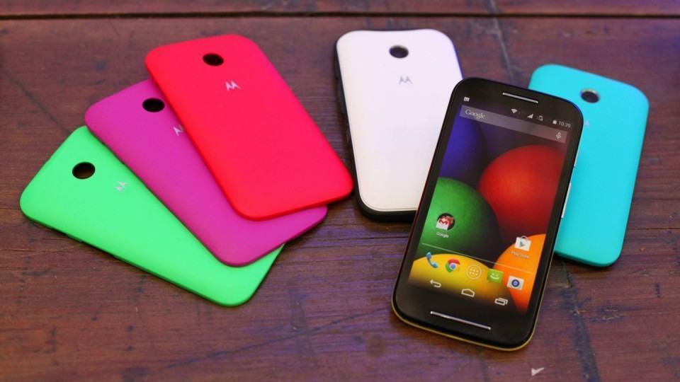 Moto E, um smartphone bom e barato, uma das tendências de 2014.