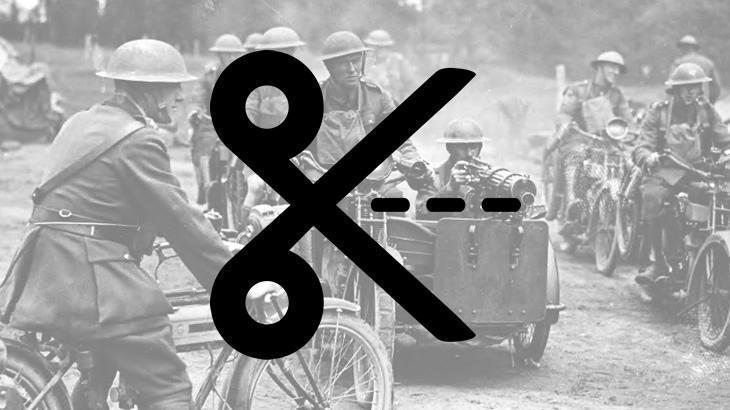 Soldados em motos na I Guerra Mundial, em 1917.