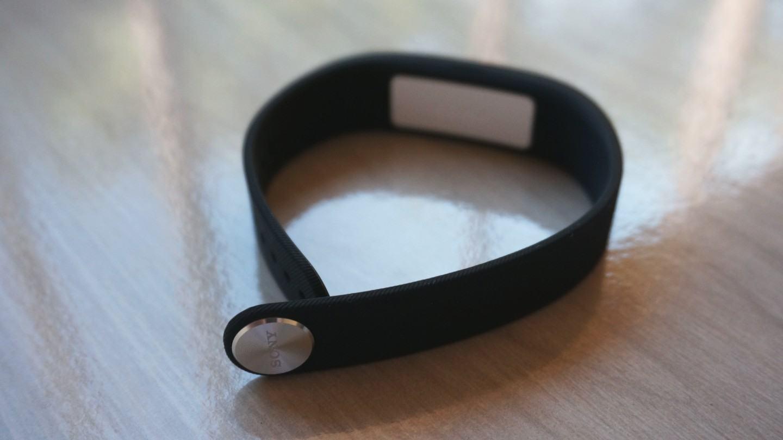 [Review] SmartBand SWR10, a pulseira da Sony que quer saber tudo da sua vida