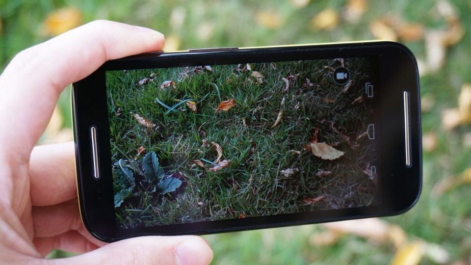 Câmera simples é um dos pontos fracos do Moto E.