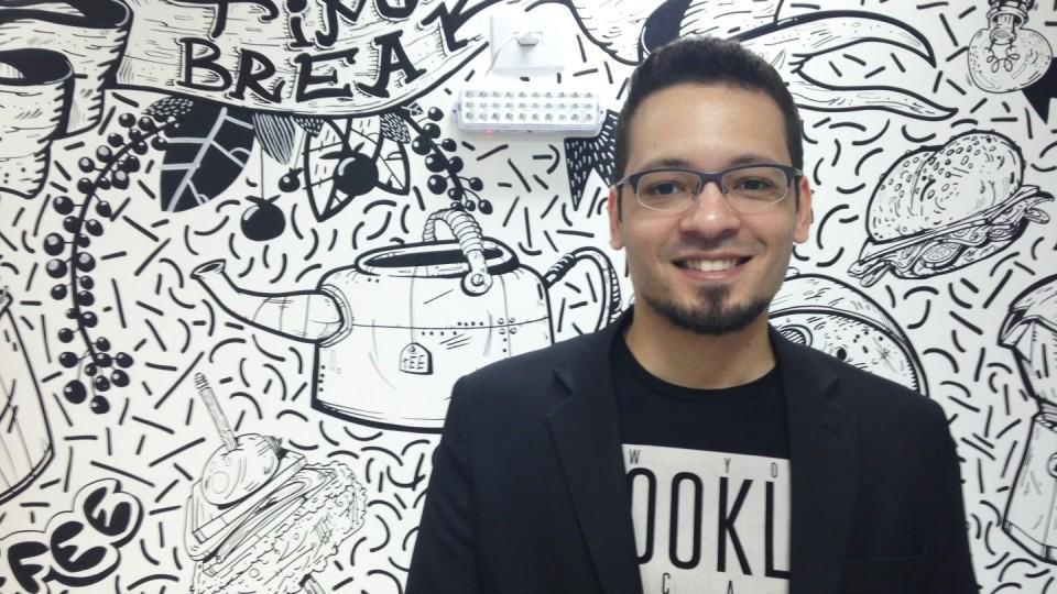 Thiago Melo, no Espaço Office.