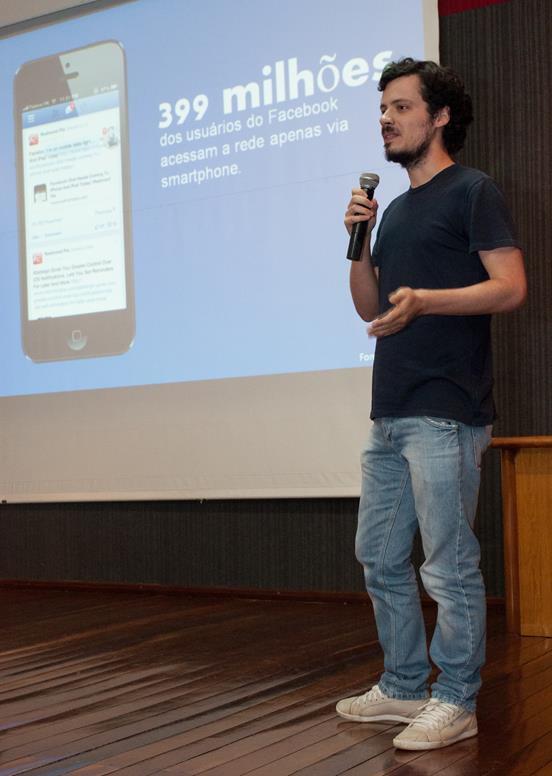 Palestra Smartphone: modo de usar, na Unipar de Paranavaí.