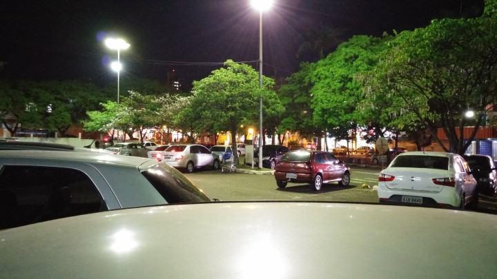 À noite a câmera do G3 faz bonito.