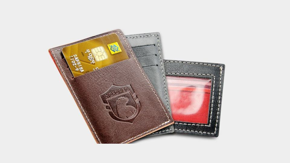 3fba147fe 6 carteiras slim para homens que carregam pouca coisa