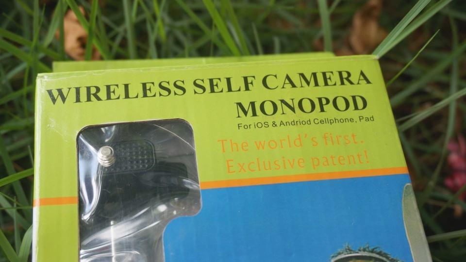 Embalagem do pau de selfie.