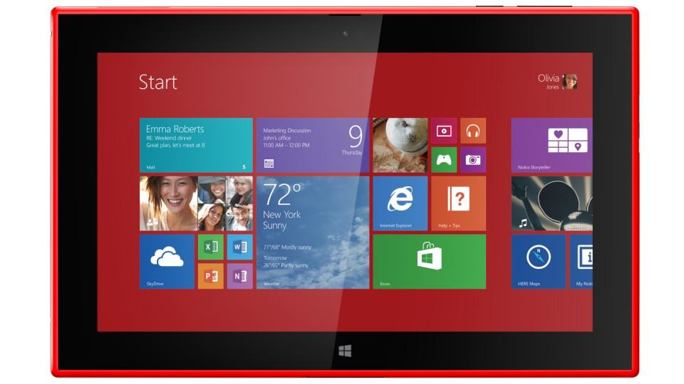 Lumia 2520 com a tela Inicial do Windows 8 aberta.