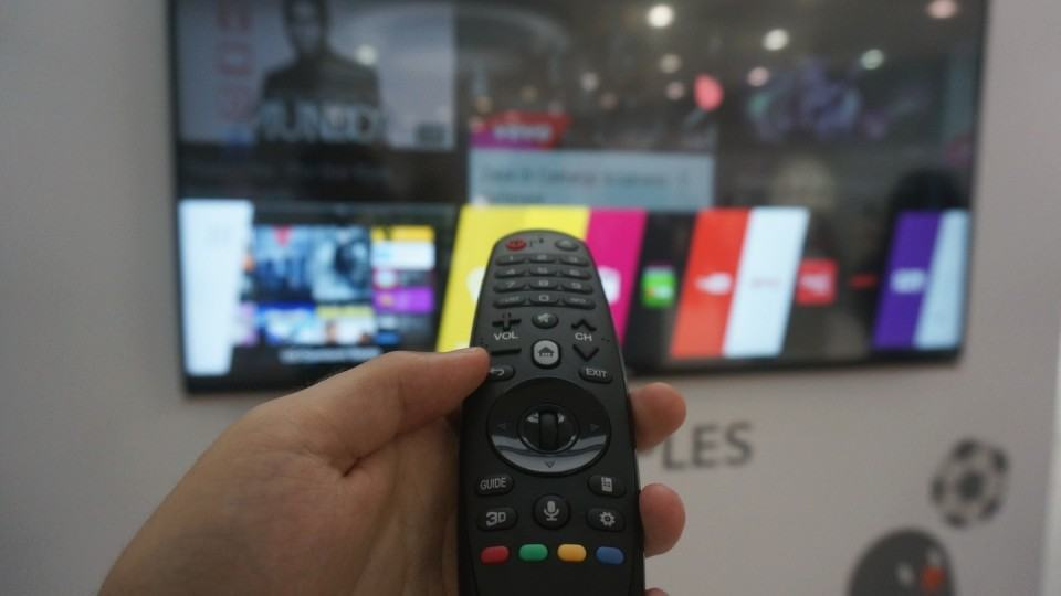 Controle da TV com webOS 2.0.