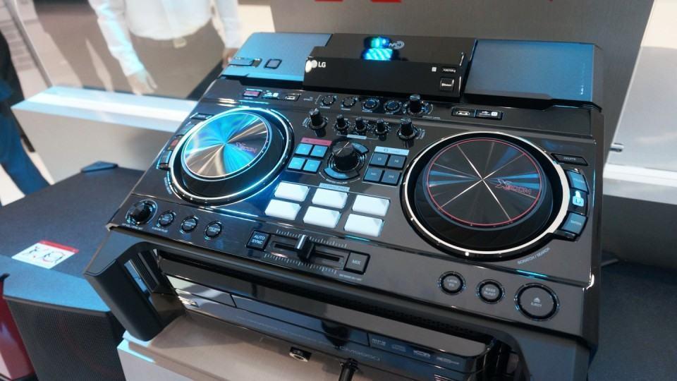 O X-Boom Pro, da LG: feito para DJs de verdade.
