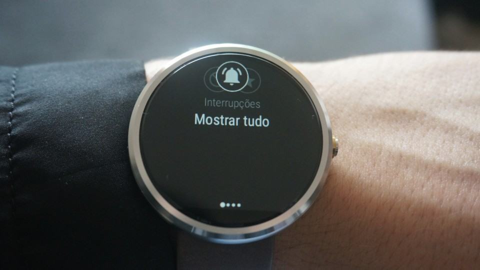 Modos do Moto 360, que refletem no smartphone.