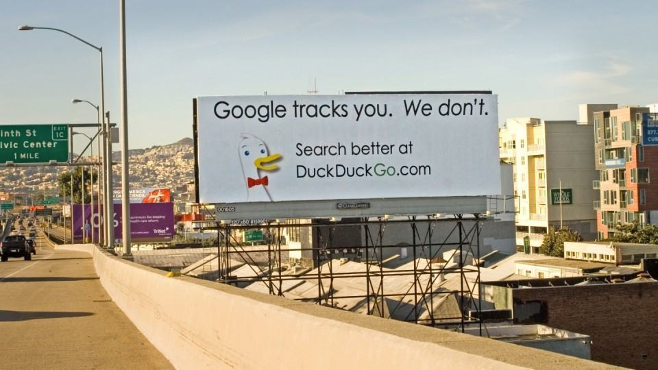 Outdoor do DuckDuckGo.