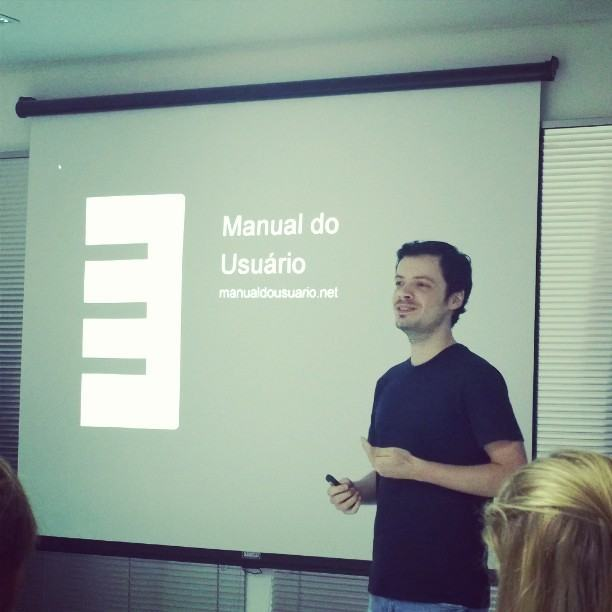Falando sobre o Manual do Usuário.