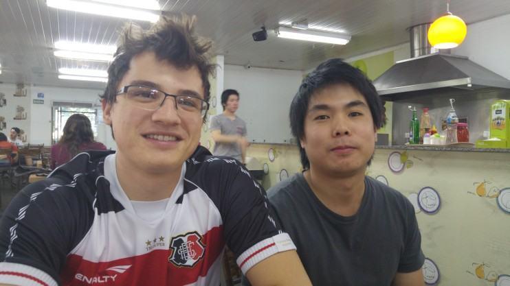 Fotos de pessoas com o G4.