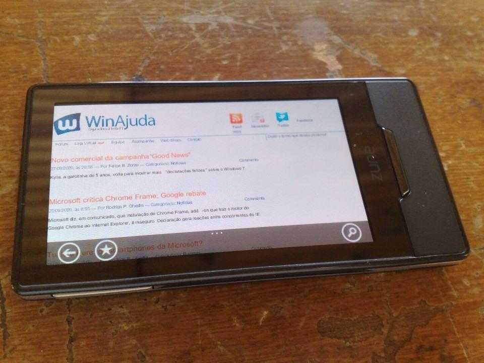 WinAjuda aberto no navegador do Zune HD.