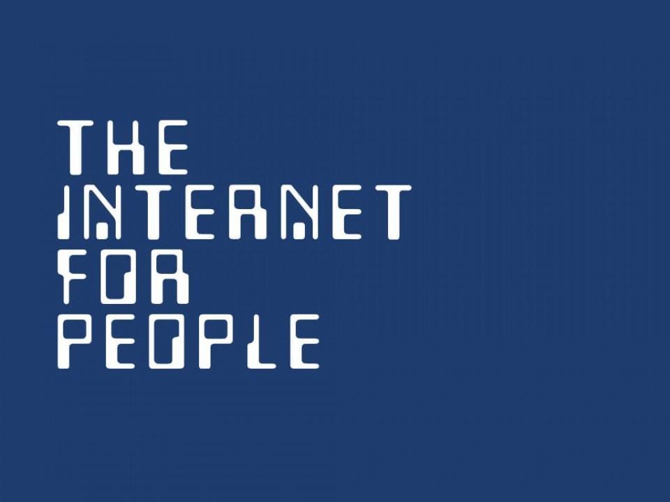 Slide 'A Internet para pessoas'.