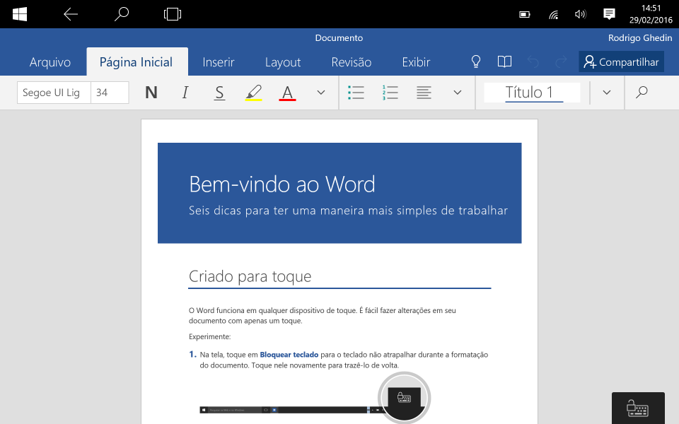 Word Mobile com documento introdutório aberto.