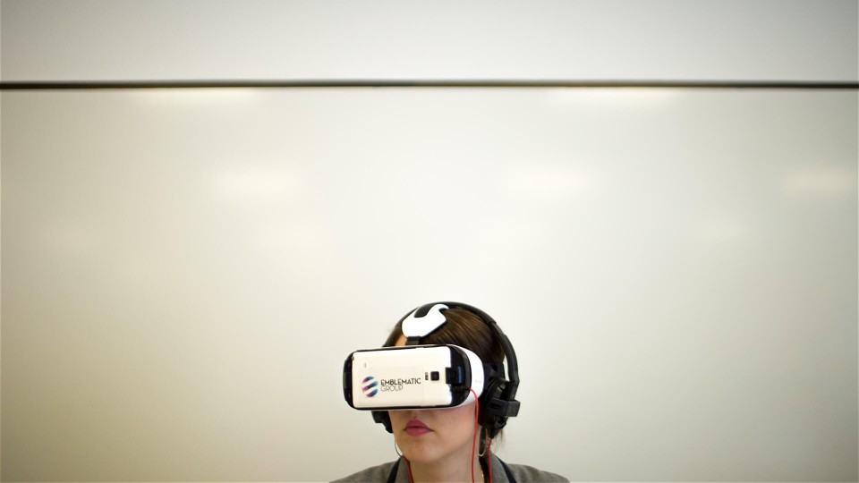 Quando os óculos de realidade virtual se tornam naturais