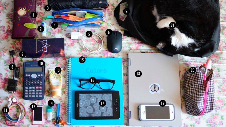 O que tem na sua mochila, Gabriela Marquette