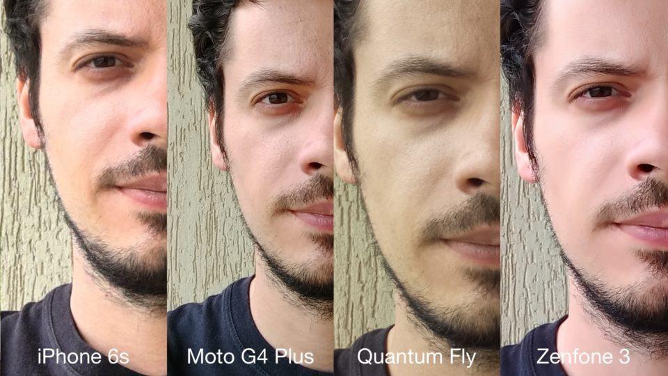 Selfie pelas lentes frontais de quatro smartphones.