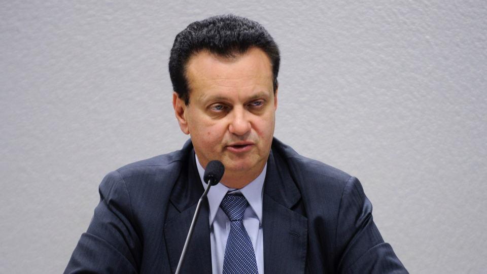 Gilberto Kassab diz que banda larga fixa terá limite de franquia até o fim do ano