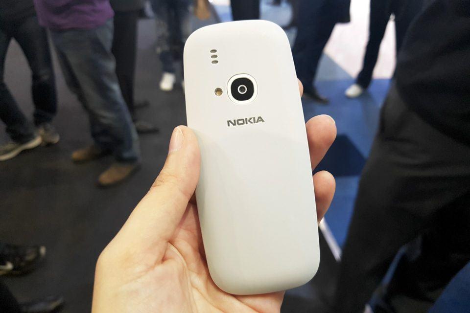 Detalhe da câmera do Nokia 3310.
