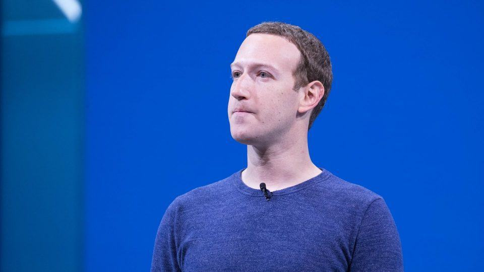 Mark Zuckerberg ignora (ou finge ignorar) os maiores problemas do modelo de negócio do Facebook