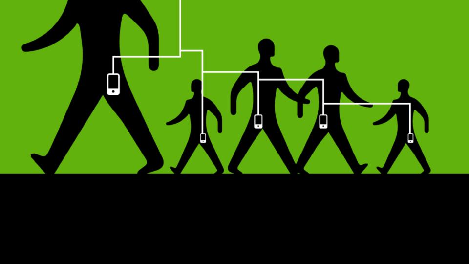 Silhuetas de pessoas com o celular no bolso destacado, todos interligados e com um cabo conectando-os ao céu.
