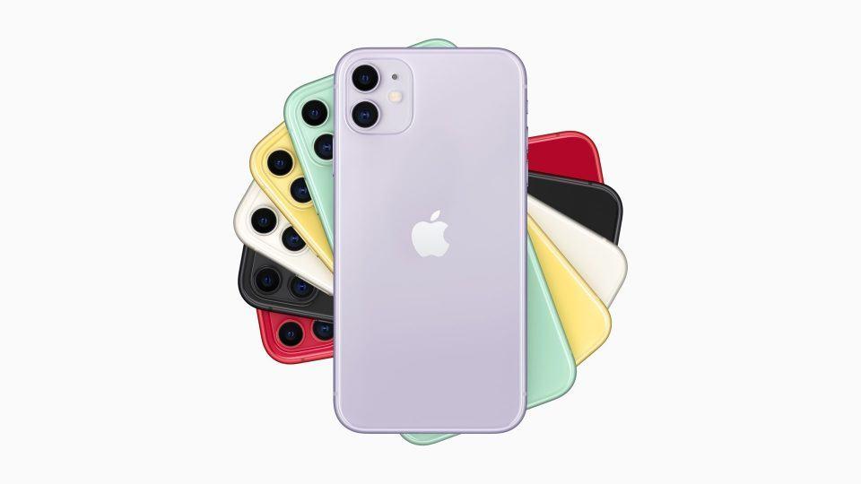 Imagem de divulgação do iPhone 11 mostrando suas cinco cores, com destaque para a nova cor roxa.