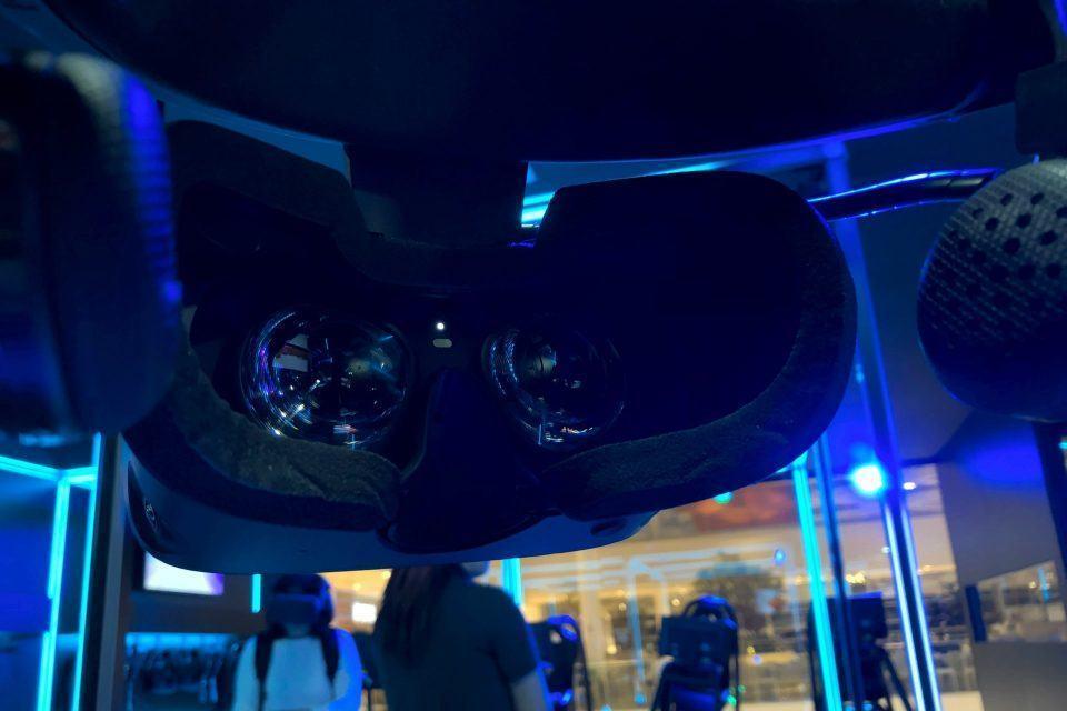 Interior de um headset de realidade virtual da Oculus.