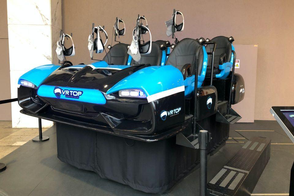 Máquina VR Top para seis pessoas.