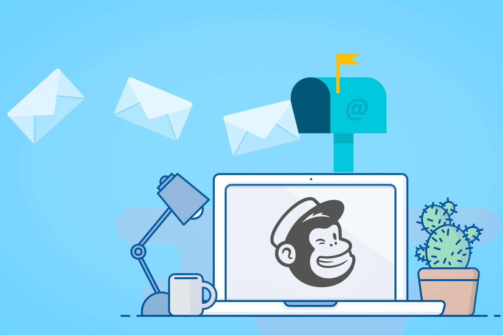 Ilustração de notebook com o logo do Mailchimp na tela e, acima, caixa de correio com cartas saindo/entrando.
