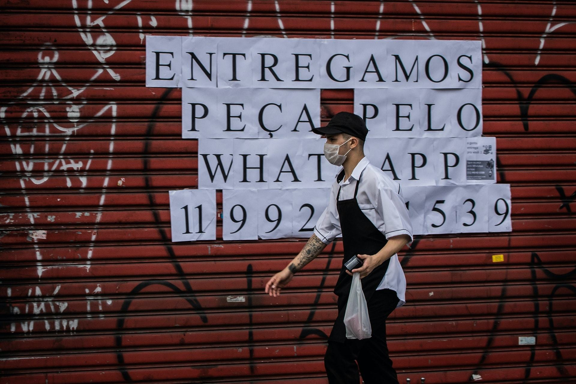 Na guerra fria entre restaurantes e iFood, o WhatsApp come pelas beiradas