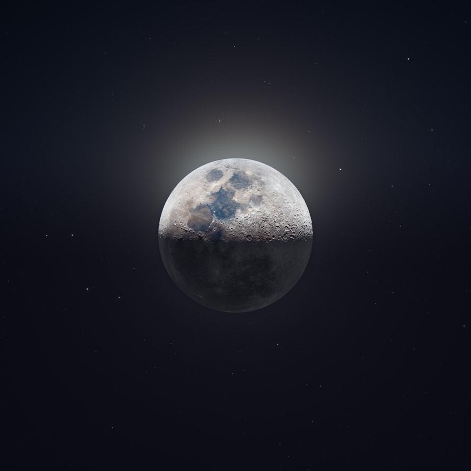 Foto da Lua no espaço.